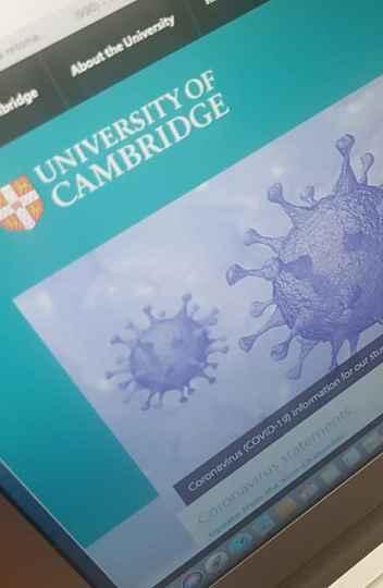 Site da Universidade de Cambridge, no Reino Unido, informa que retomada de atividades presenciais só deve ocorrer em 2021.