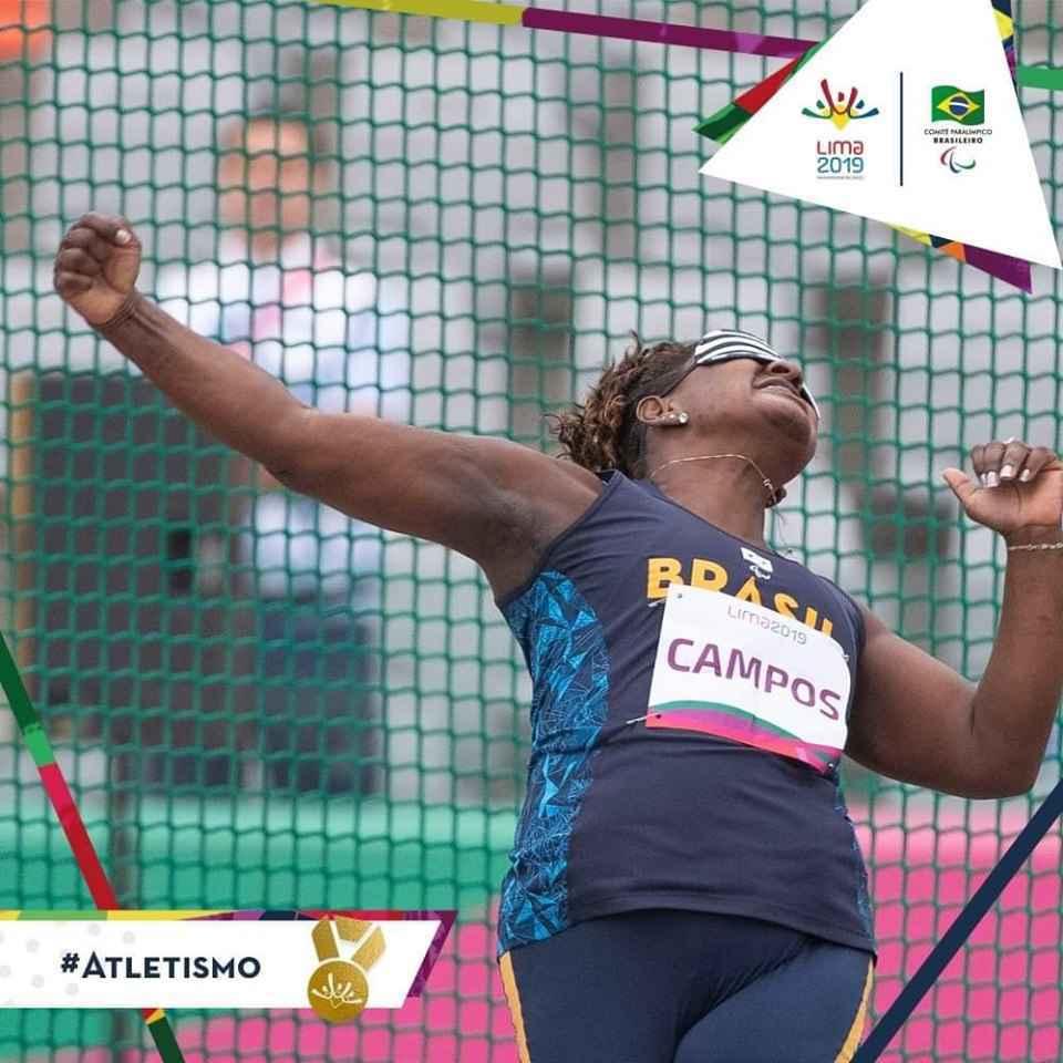 Izabela Campos em ação no Parapan de Lima: recorde da competição