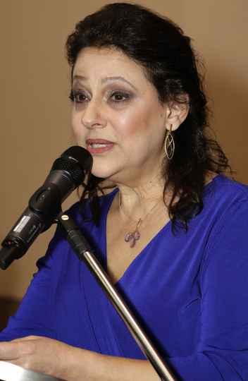 Mônica Pedrosa: