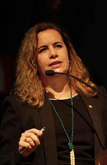 Reitora Sandra Goulart Almeida: potencializar parcerias