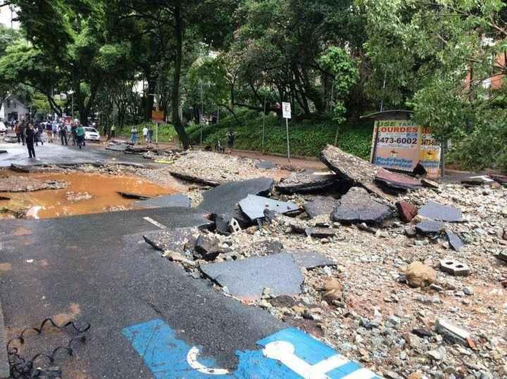 Chuvas em BH deixaram estragos no início do ano