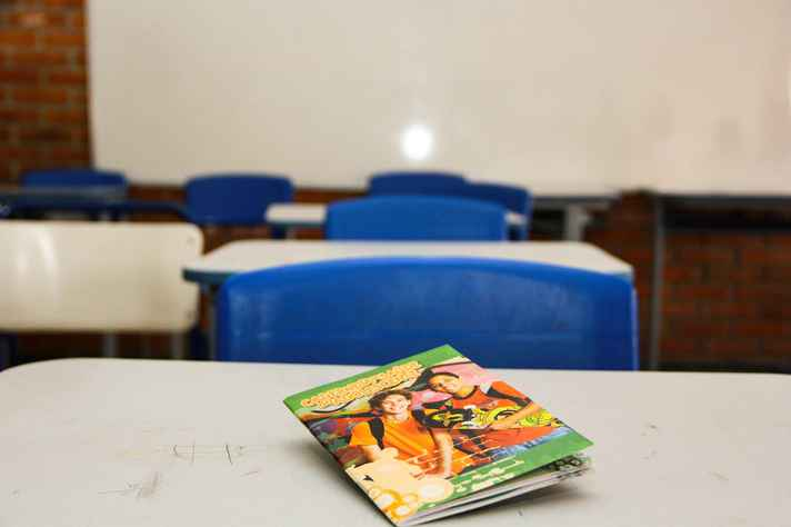Gravidez na adolescência é uma das causas de evasão escolar
