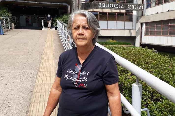 Vera Lúcia de Araújo tem 70 anos e é estudante do sétimo período do curso de Conservação e Restauração da UFMG