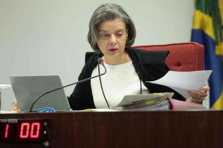 Ministra Cármen Lúcia em audiência no STF, corte que presidiu de 2016 a 2018