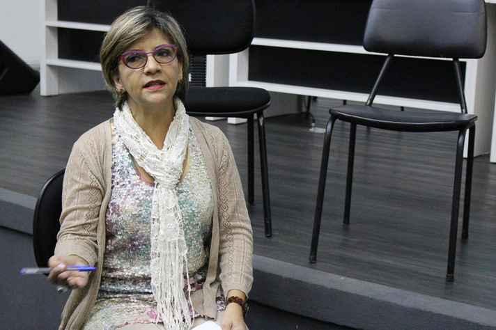 Professora Isabel Coimbra é bailarina e coreógrafa