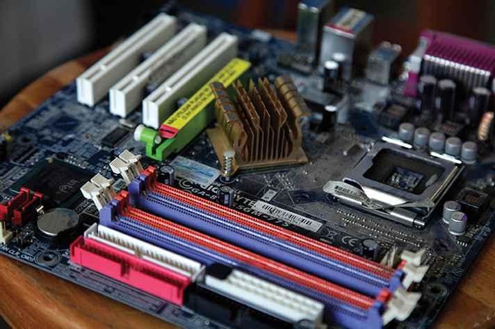 Resíduos eletroeletrônicos são recolhidos trimestralmente na UFMG