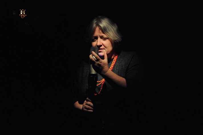 Karen Debértolis ministrará a Oficina de Criação Poética