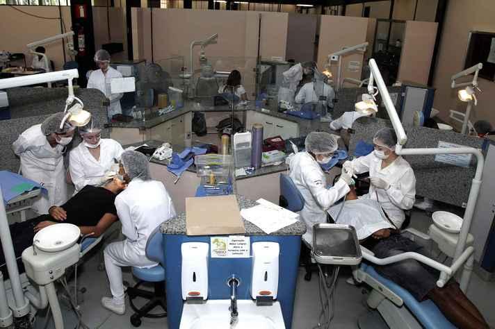 Odontologia é um dos 25 cursos em que os estudantes devem realizar o Enade