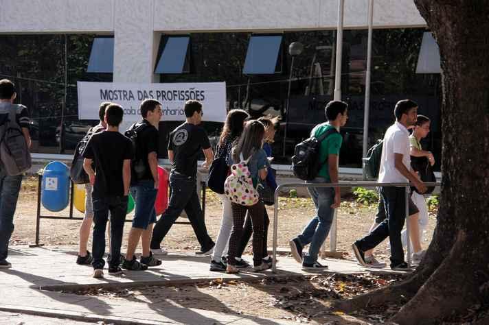 Estudantes em edição anterior da Mostra: panorama dos campos de atuação profissional