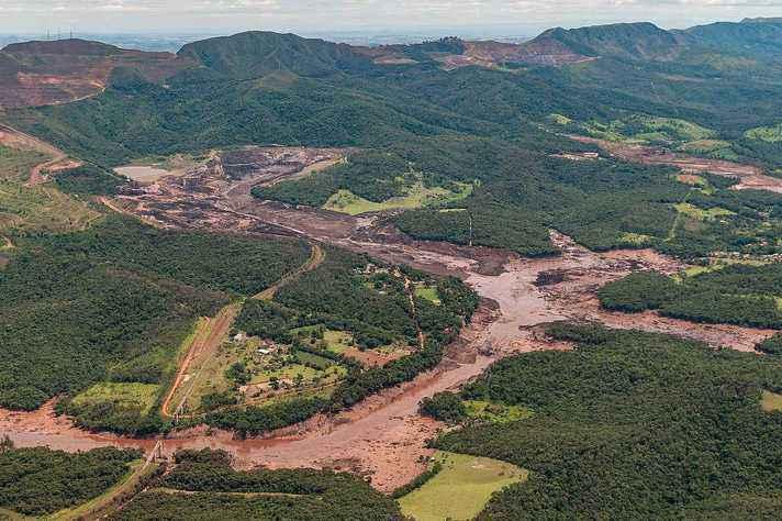 Brumadinho, após o desastre: projetos sobre população, água, solo e fauna