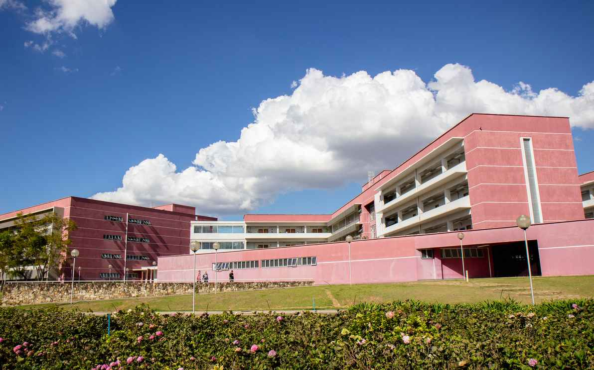 Faculdade de Ciências Econômicas da UFMG.