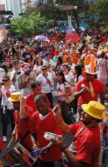 Tradicional desfile de 18 de maio