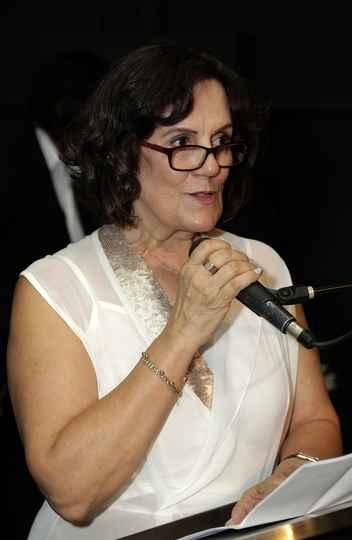 Maria Elena Garcia: saudação