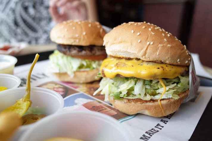 No Brasil, uma em cada cinco pessoas estão obesas e mais da metade da população das capitais estão com excesso de peso.